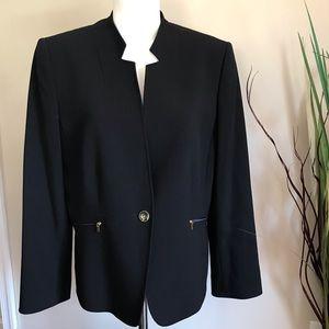 Tahari Women's Black Blazer one Button Size 16